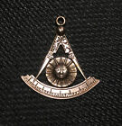 Vintage 14k Gold Masonic Sun, Quadrant and Compass, Past Master Pendant