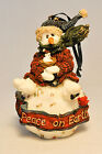 Boyds Bears & Friends: Robin ... Peace On Earth - 25655 - Folkstone Collection