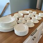 Wedgwood Strawberry & Vine Bone China Dinnerware Set England 50 Pieces