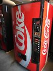 NICE VENDO V480 SODA / DRINK AUTOMATIC VENDING MACHINE 7 SELECTIONS