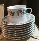 Set of 4 Gibson CHRISTMAS CHARM Holly Berry Cups & Saucers  NEW