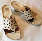 CLARKS ARTISAN Ivory Leather Thong Sandals Womens Size 75M Low Wedge Heel