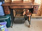 1921 SINGER 66 RED EYE TREADLE SEWING MACHINE WITH BEAUTIFUL CABINET