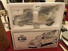 1994 First Gear 1957 International R 200 Tow Truck AAA Towing Die Cast 19 1321