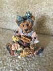 Boyds Bears & Friends Justine the Message Bearer figurine 2273