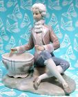Lladro # 4714  ~ BOY JEWELRY DISH  *** Mint Condition ***