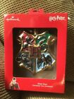 HALLMARK  HARRY POTTER HOGWARTS SCHOOL CRESTS RED BOX ORNAMENT NEW