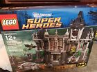 LEGO 10937 Arkham Asylum Breakout Set Batman Super Heroes Set New Dmg box