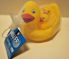 WATER SUN  FUN RUBBER FLOATING DUCK FAMILY SET OF 4 BATH TIME FUN 6 MONTHS +
