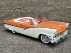 Ertl American Muscle 1956 Ford Fairlane Sunliner Convertible 118 Diecast 56 Car