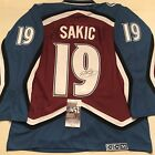 Joe Sakic Cards, Rookie Cards and Autographed Memorabilia Guide 30