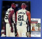 Tim Duncan Rookie Cards and Autograph Memorabilia Guide  70