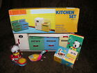 Duck that swims MS042 Panda bear drumming MS566 Kitchen playset 4 pieces Tin toy