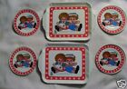 1972 Bobbs-Merrill Co. Raggedy Ann & Andy Chein Tin Dishes 4 Plates and 2 Trays