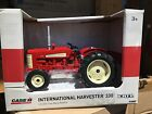 ERTL 1:16 International Harvestor 330 Utility  Tractor