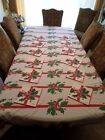 VINTAGE VERA CHRISTMAS POINSETTIA LARGE TABLECLOTH WITH 12 MATCHING NAPKINS
