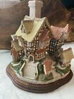 David Winter Cottages The Parsonage 1984 With A Wooden Stand
