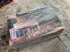 Revell Higheay Scenes '57 Nomad With Die-Cut Diorama Gas Station 1:24 Scale