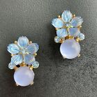 Vintage Blue Molded Glass Flower Petal Leaf Rhinestone Gold Tn Clip Earrings 852