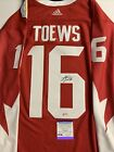 Jonathan Toews Cards, Rookie Cards Checklist, Autographed Memorabilia Guide 71