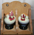 VINTAGE CHICKENS SALT & PEPPER SHAKER ROOSTER & HEN WITH WOOD RACK JAPAN