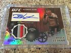 2010 Topps UFC Series 4 Ultimate Gear Auto - BROCK LESNAR 03 25 - WWE
