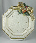 Fitz and Floyd 1992 Christmas Plate Snowy Woods Ivory Gold Bow Fleur de Lis