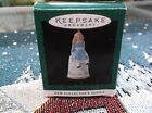 HALLMARK KEEPSAKE MINIATURE  ORNAMENT DATED 1995 ALICE IN WONDERLAND THIMBLE