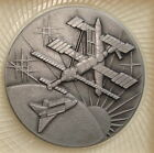 Medal Cosmos Cooperation Russia USA Roscosmos NASA Space Station Mir 199