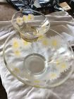 VINTAGE ANCHOR HOCKING DAISY FLOWER CHIP AND DIP PARTY GLASS BOWL Serving