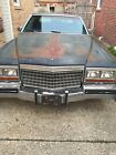 1980 Cadillac DeVille  1980 for $900 dollars