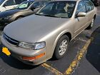 1997 Nissan Maxima  Nissan below $1100 dollars