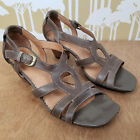 INDIGO by Clarks Strappy Leather Open Toe Sandals w Wood Block Heel Size 85 M