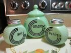 Pepper Shakers in Excellent Cond
