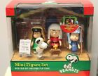PEANUTS CHRISTMAS PLAY Mini Figures Set Nativity Stage Snoopy Lucy Pageant NEW