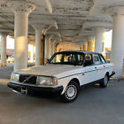 1990 Volvo 240 DL MINT for $11100 dollars