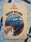 Trixie Belden #5 - The Mystery Off Glen Road (Oval Paperback)