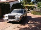 1989 Lincoln Town Car  1989 for $3500 dollars