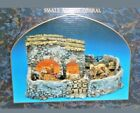 Fontanini Nativity Heirloom Lighted Small Animal Corral 55505 MIB for 5 Figures