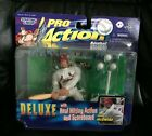 MARK MCGWIRE---PRO ACTION BASEBALL DELUXE FIGURE---STARTING LINEUP