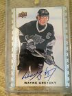 2015 UD MASTERPIECES ... WAYNE GRETZKY ... AUTO SIGNED very sharp w gold foil