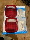 OEM 1987 1995 Jeep Wrangler YJ tail light lenses And Reflector Good Condition