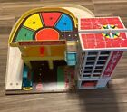 Vintage 1970 Fisher Price Little People Parking Ramp Service Center Garage Toy