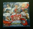2018 Topps Holiday Factory Sealed 10 Pack Box (One Relic or Autograph Per Box)
