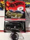 Hot Wheels 2009 RLC Club Exclusive VW Drag Bus Military Police  Button 57