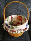Longaberger 2002 Small Fruit Basket and Fabric Liner with Stationary Handle EUC