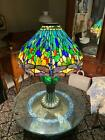 BEAUTIFUL TIFFANY STYLE STAINED GLASS DRAGONFLY TABLE LAMP CE120