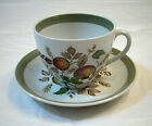 ALFRED MEAKIN STAFFORDSHIRE ENGLAND HEREFORD PATTERN TEA CUP & SAUCERS 1960s