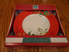Boxed Set of 4 Christmas Foliage Red 222 Round Salad Side Plates Dishes NEW