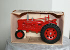Ertl Farmall H 1/16 Scale Die-Cast Red Metal Tractor 1986 NIB
